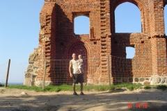 Ściana kościoła w Trzęsaczu